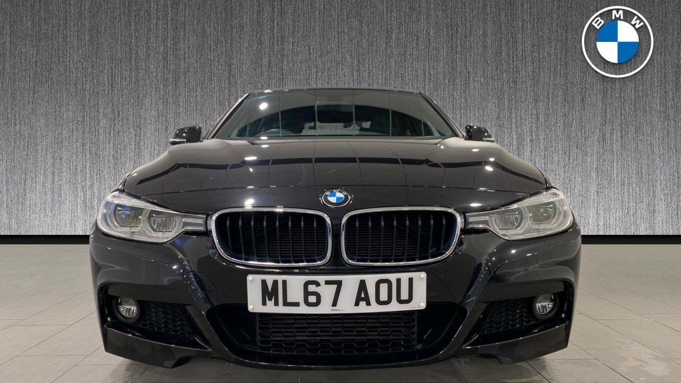 Image 16 - BMW 320d M Sport Saloon (ML67AOU)