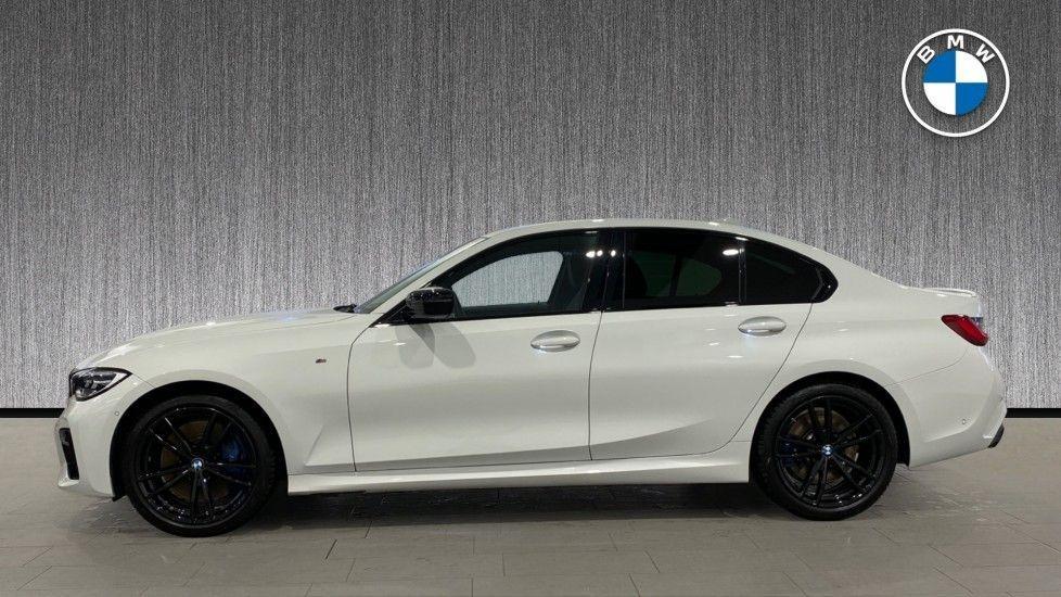 Image 3 - BMW M340i xDrive Saloon (DE20WBD)