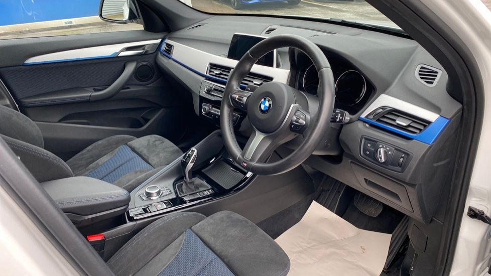 Image 5 - BMW sDrive18i M Sport (MM18LOD)