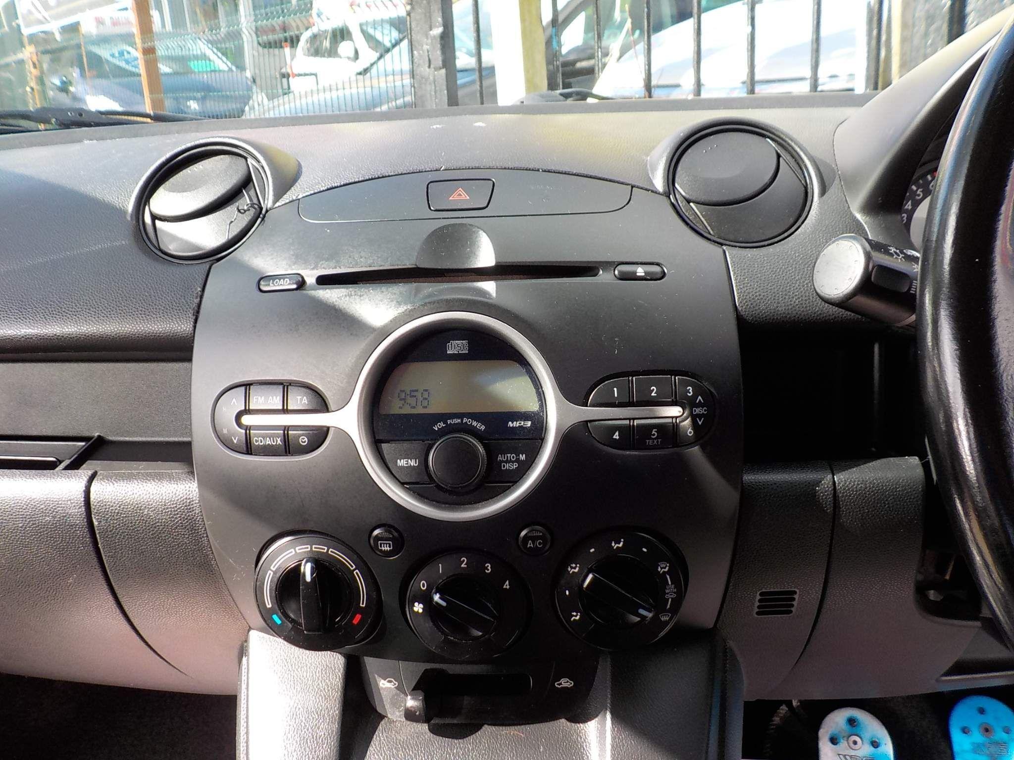 Mazda Mazda2 1.3 TS2 5dr
