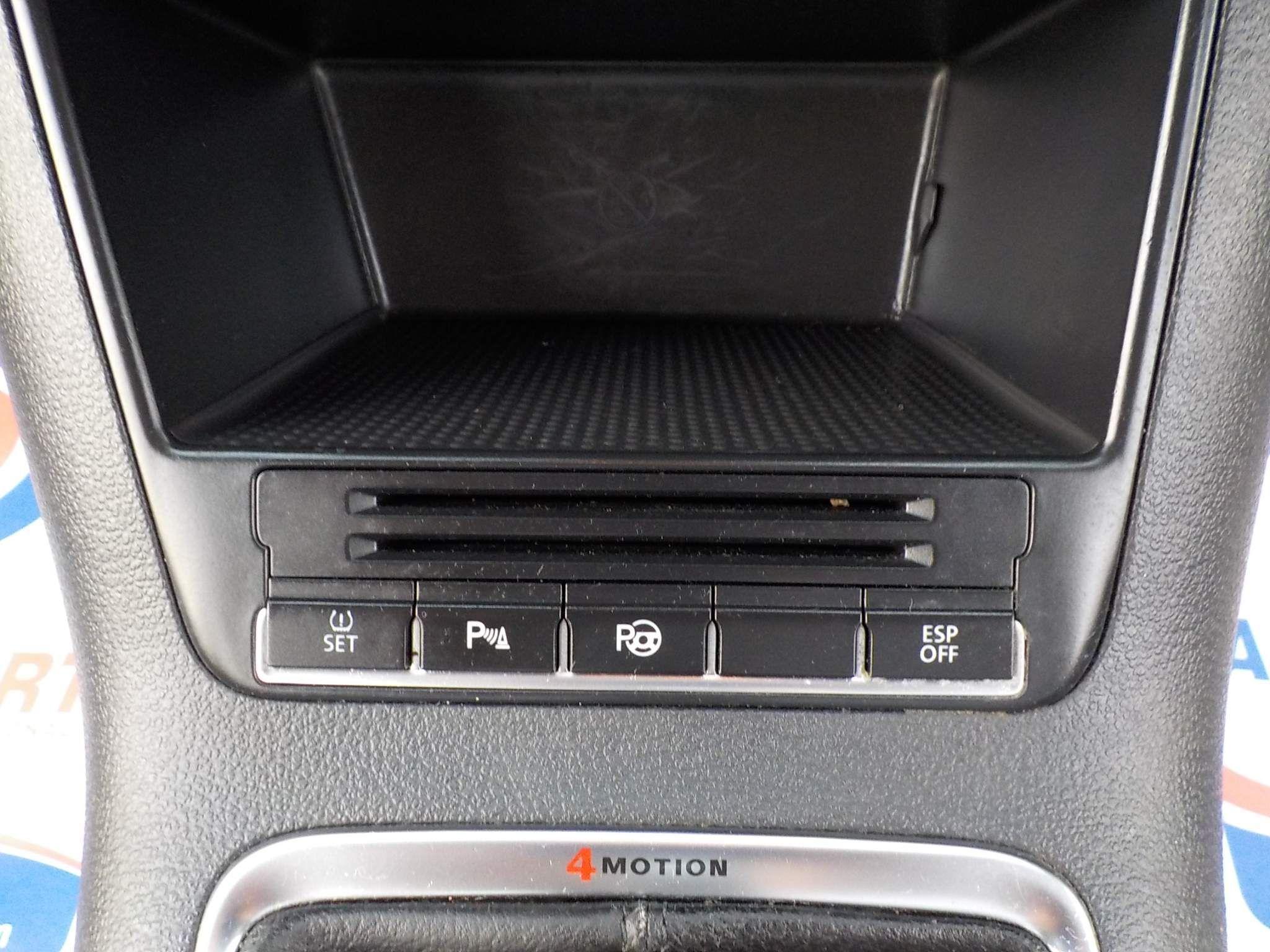 Volkswagen Tiguan 2.0 TDI Sport 4WD 5dr