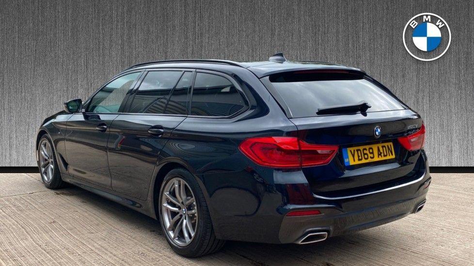 Image 2 - BMW 520d M Sport Touring (YD69ADN)
