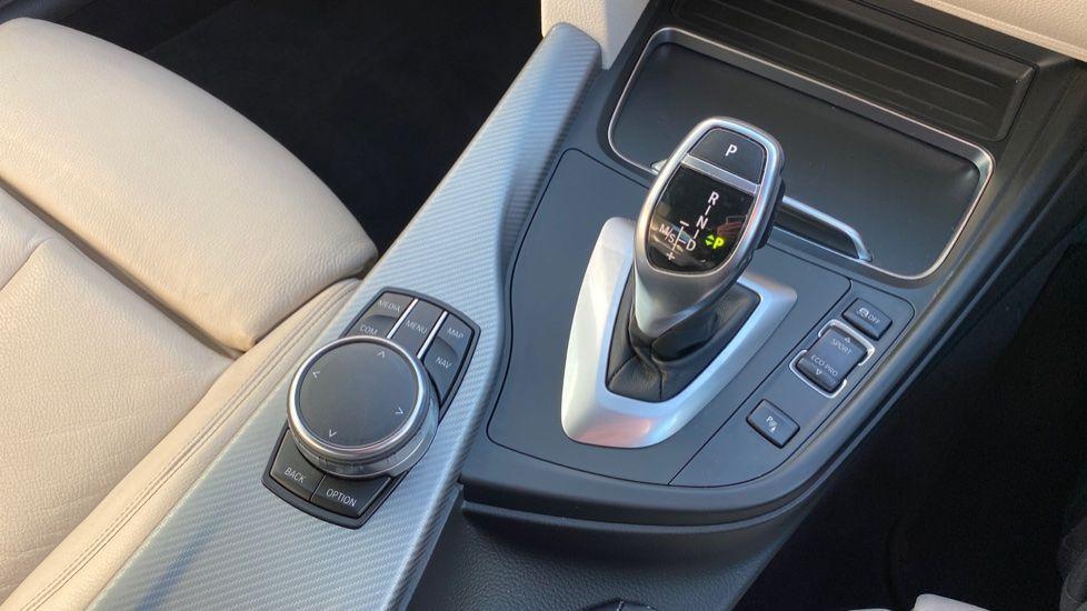 Image 10 - BMW 420d M Sport Coupe (BG17XVO)