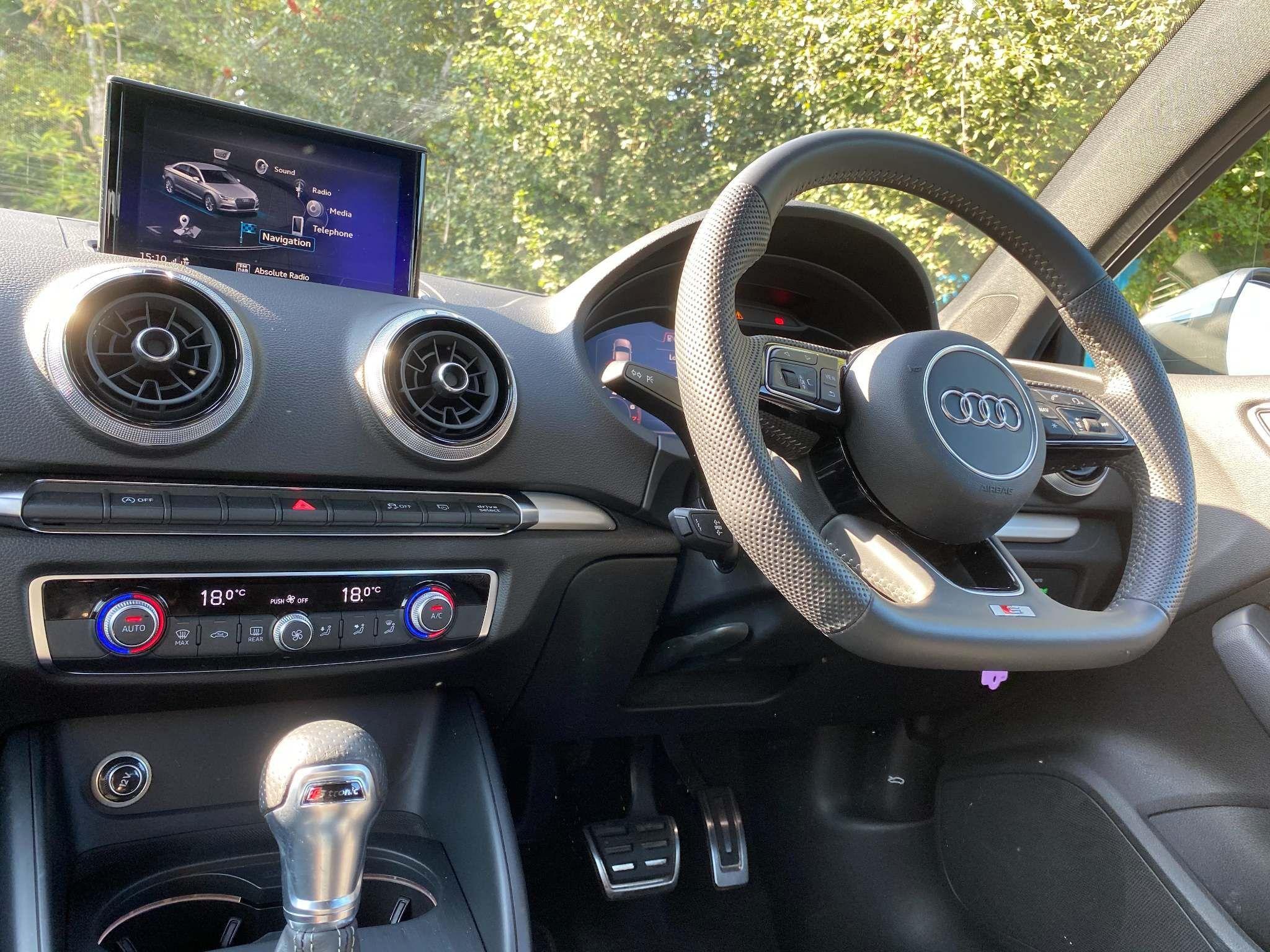 Audi A3 1.5 TFSI CoD 35 S line S Tronic (s/s) 4dr