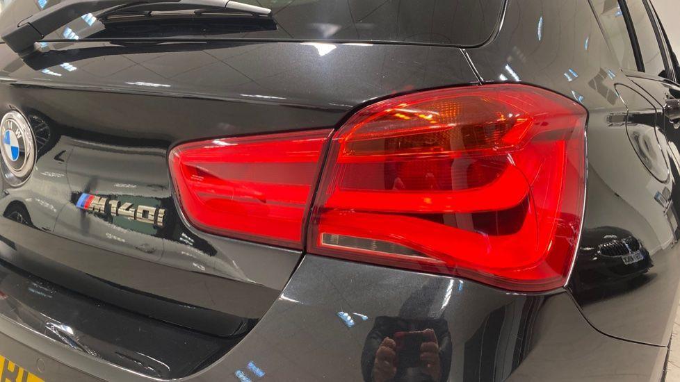 Image 19 - BMW M140i 5-door (PF66BEY)