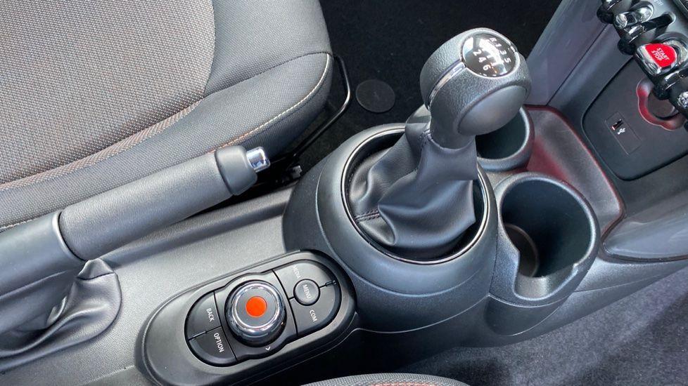 Image 10 - MINI Hatch (YG20XXS)