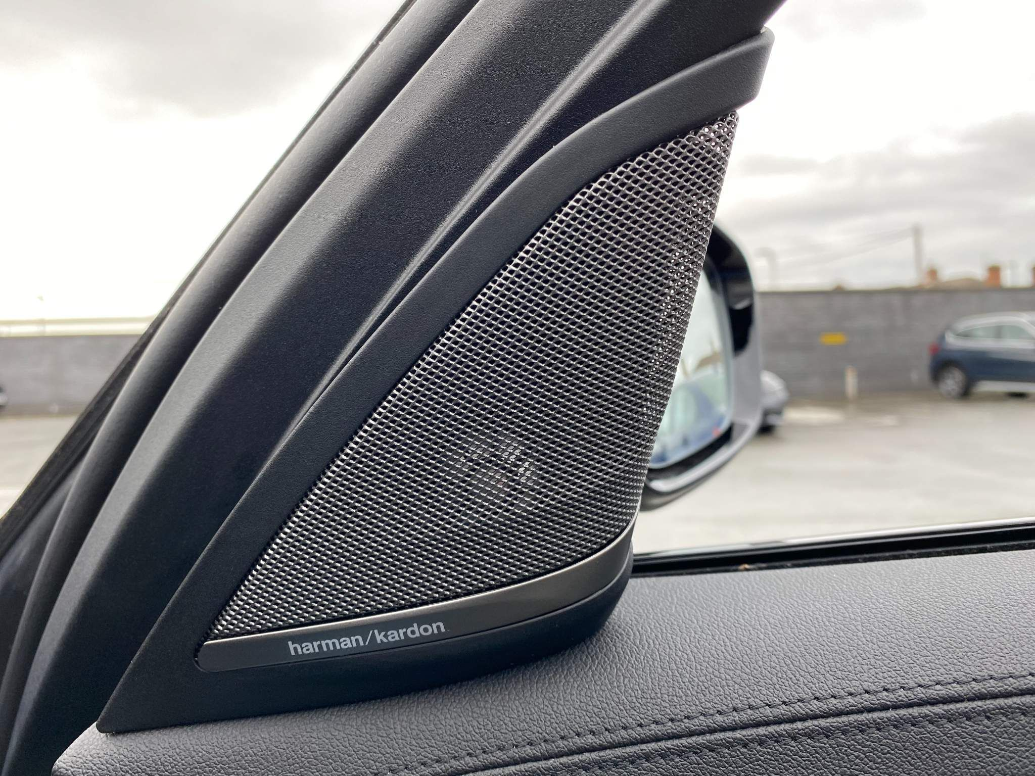 Image 19 - BMW 530d xDrive M Sport Saloon (MV70CGK)