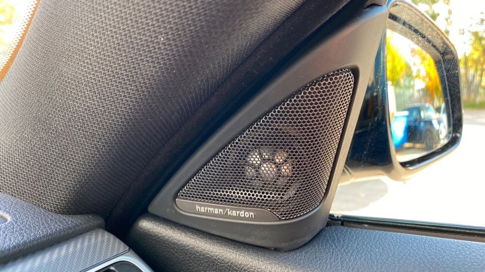 Image 17 - BMW 420d M Sport Coupe (BG17XVO)