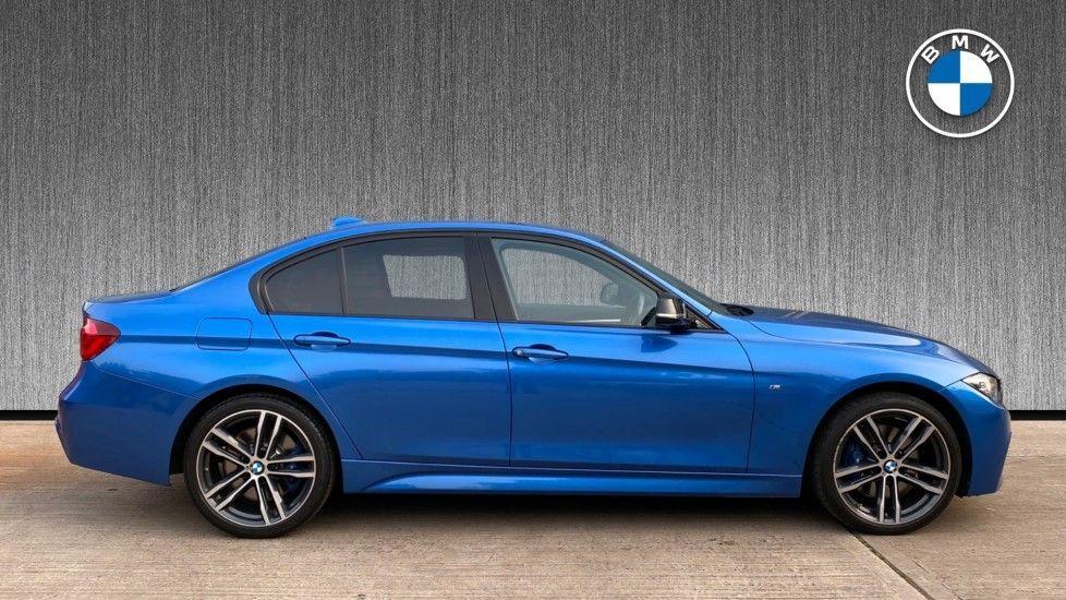 Image 3 - BMW 320i xDrive M Sport Shadow Edition Saloo (YB67KFC)