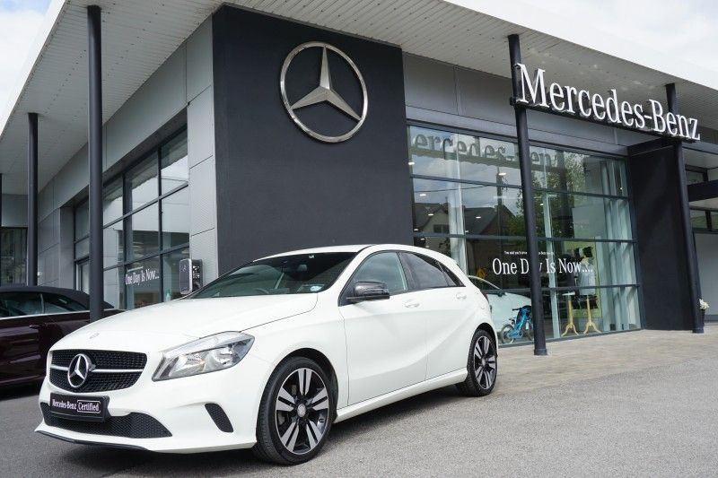 Mercedes-Benz A-Class 160p--Night Pack--Auto