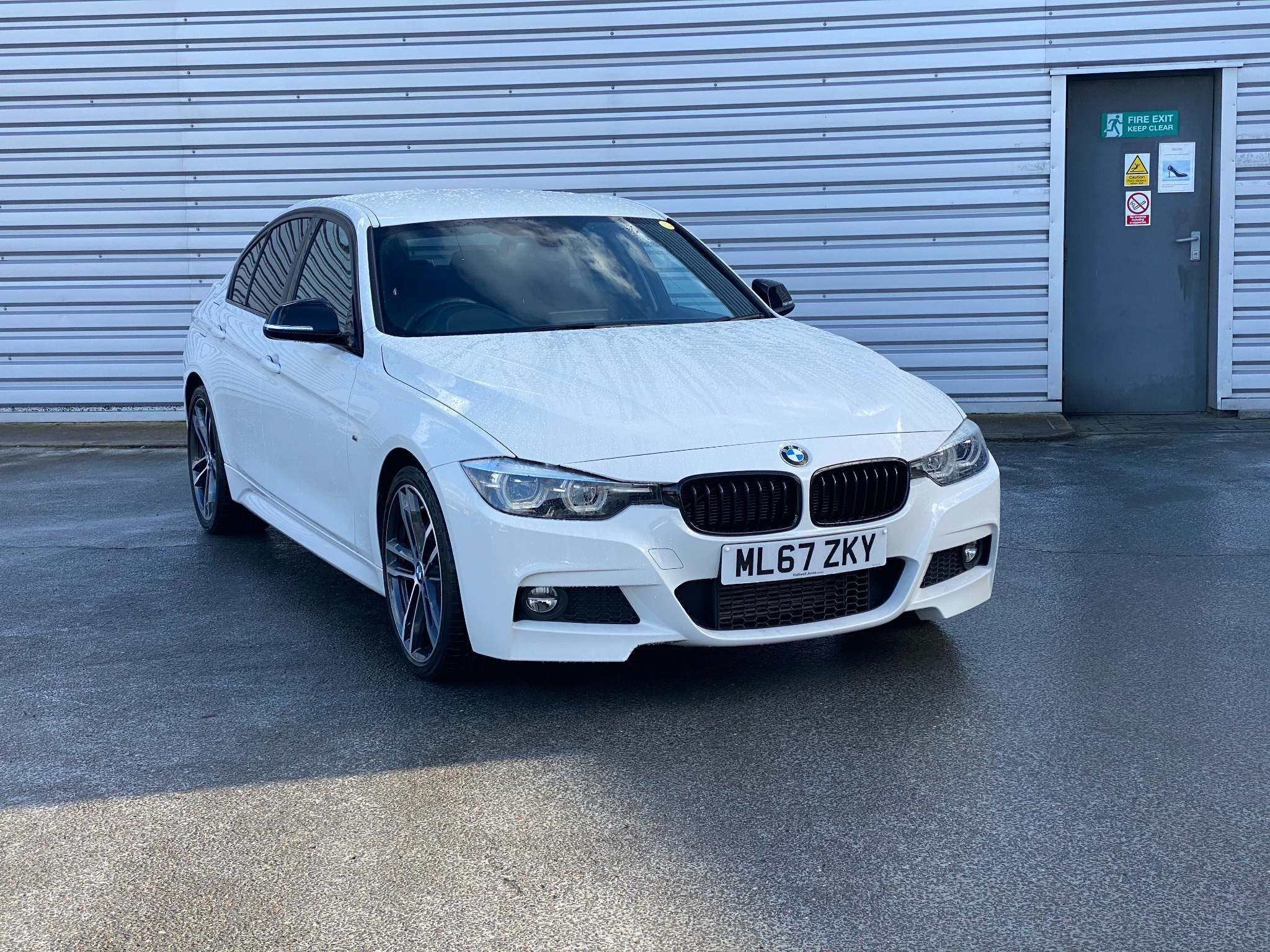 Image 1 - BMW 320d M Sport Shadow Edition Saloon (ML67ZKY)