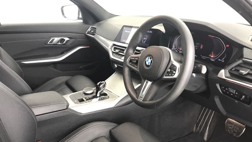 Image 5 - BMW 320d M Sport Saloon (YA69AWP)