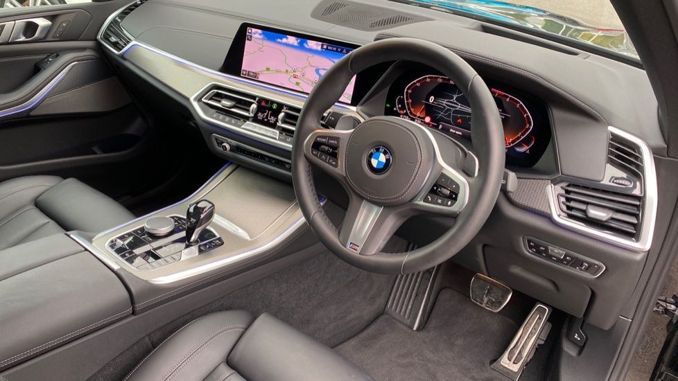 Image 5 - BMW xDrive40i M Sport (YL69YOF)
