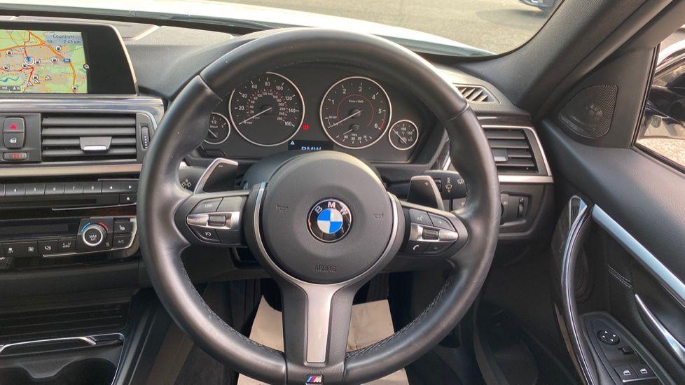 Image 8 - BMW 335d xDrive M Sport Saloon (MA17YDH)
