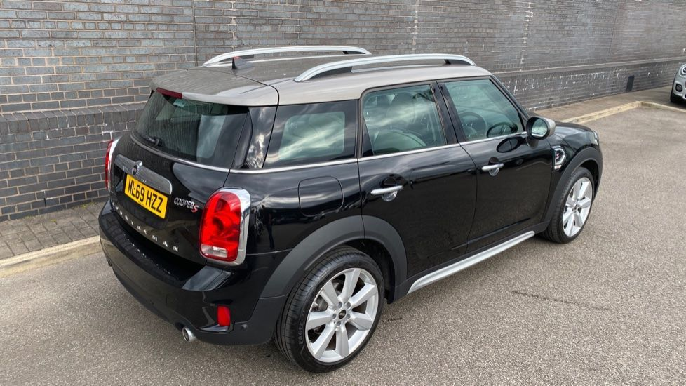 Image 28 - MINI Countryman (ML69HZZ)