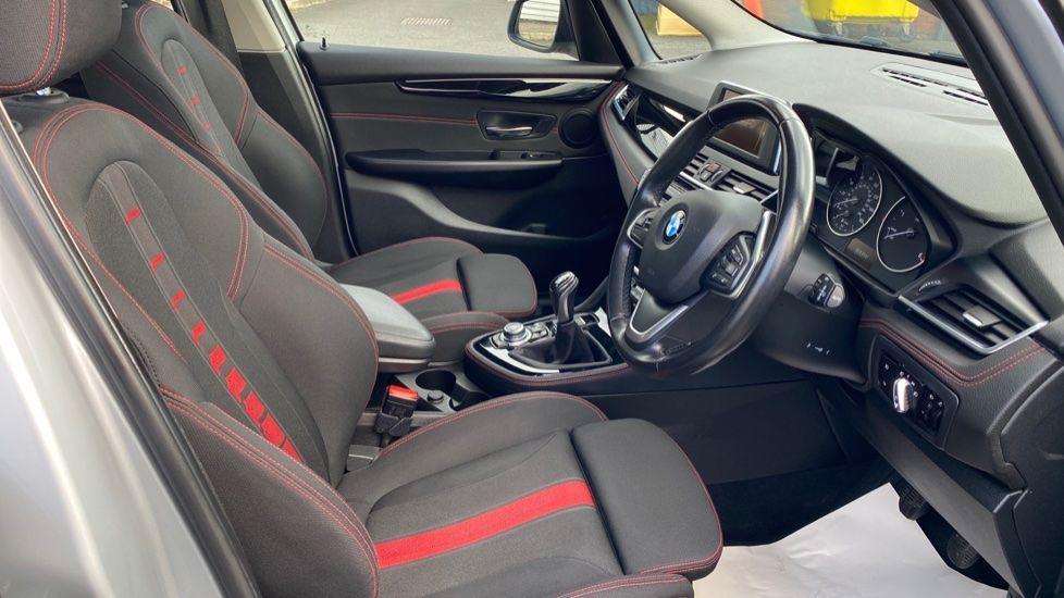 Image 11 - BMW 218d Sport Active Tourer (MM64WGE)