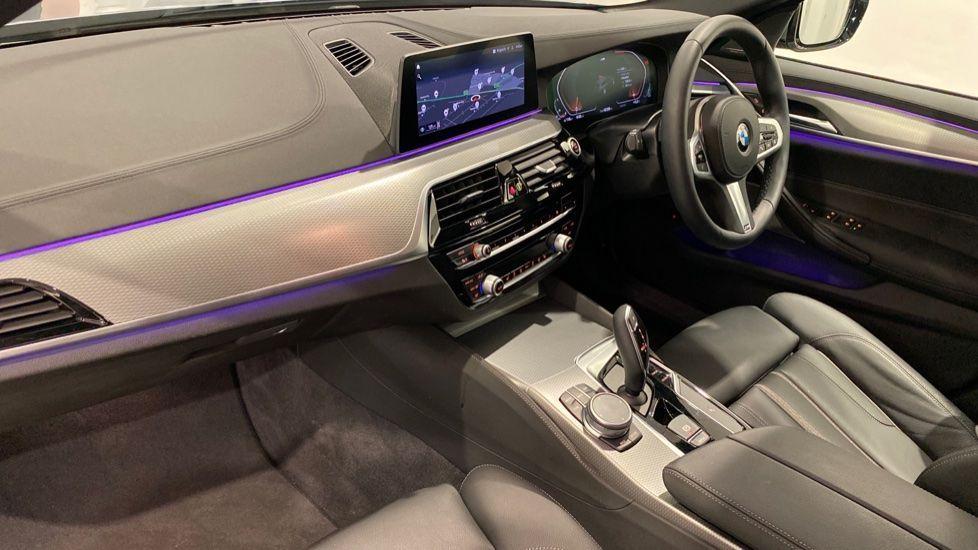 Image 12 - BMW 520d M Sport Touring (DE70OYW)