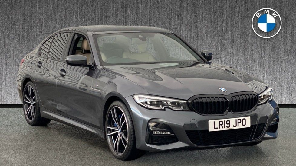 Image 1 - BMW 320i M Sport Saloon (LR19JPO)