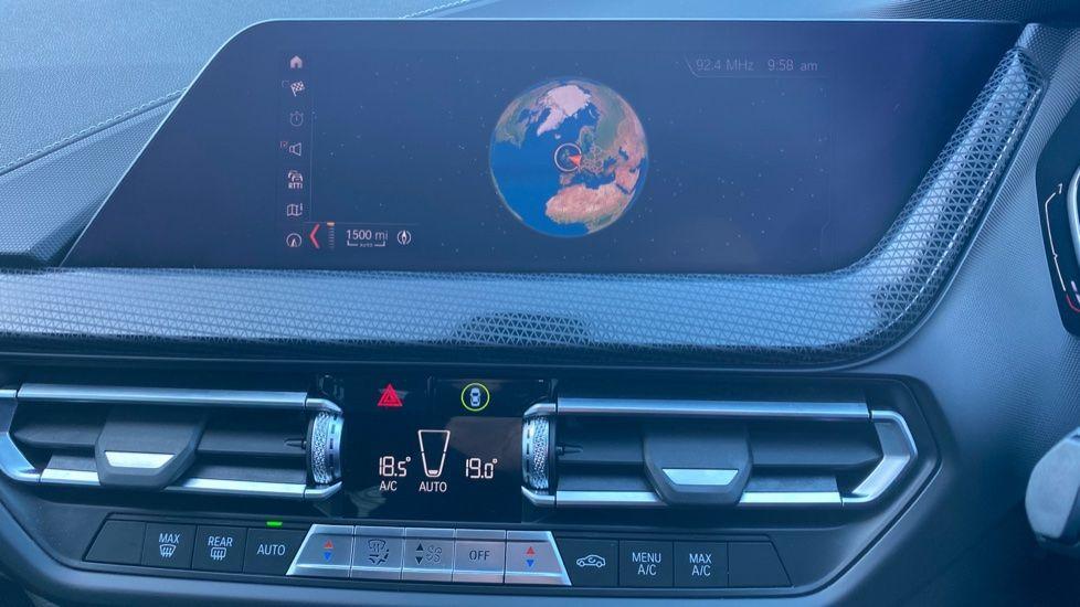 Image 21 - BMW 118i Sport (YF69HKN)