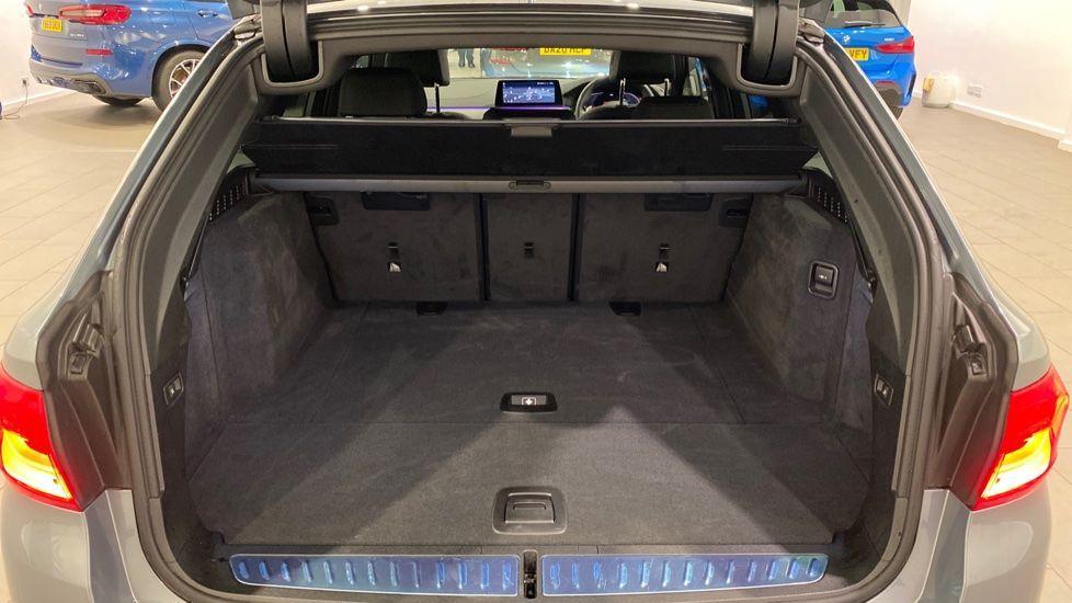 Image 13 - BMW 520d M Sport Touring (DE70OYW)