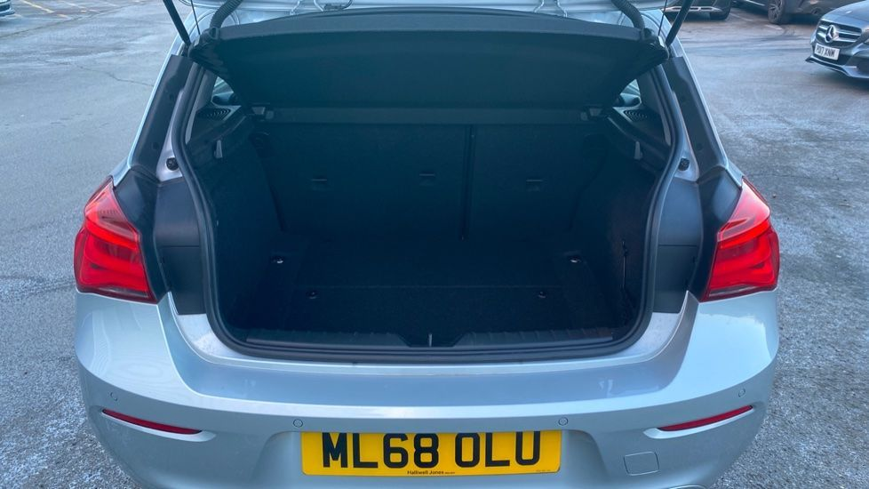 Image 13 - BMW 118i Sport 5-door (ML68OLU)