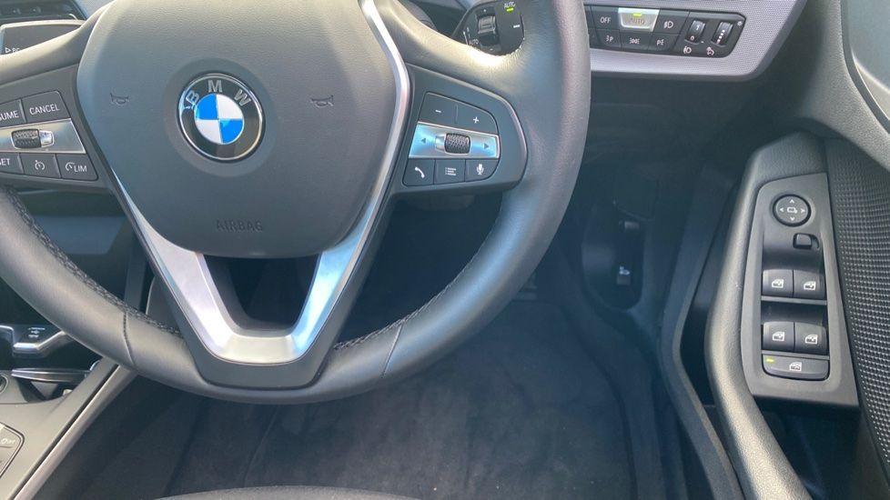 Image 17 - BMW 118i SE (CX20JXW)