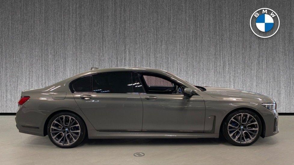 Image 3 - BMW 745Le xDrive M Sport Saloon (YG20OWX)