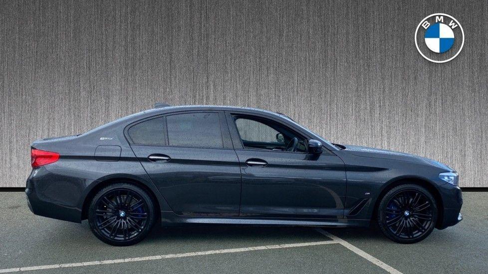 Image 3 - BMW 530e M Sport iPerformance Saloon (KE67DZL)