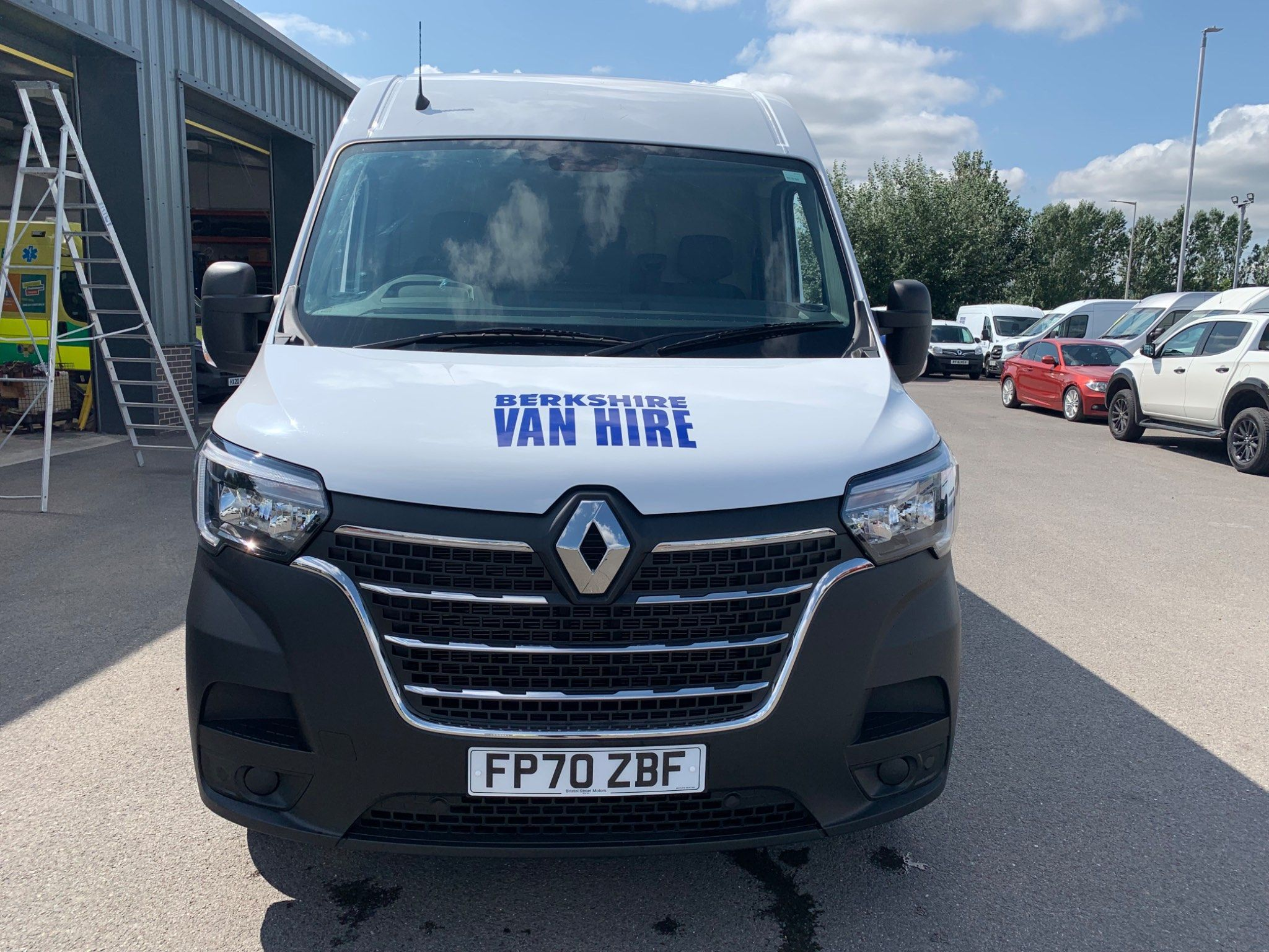 RenaultMaster 35 Business+2.3 DCi LWB For Sale
