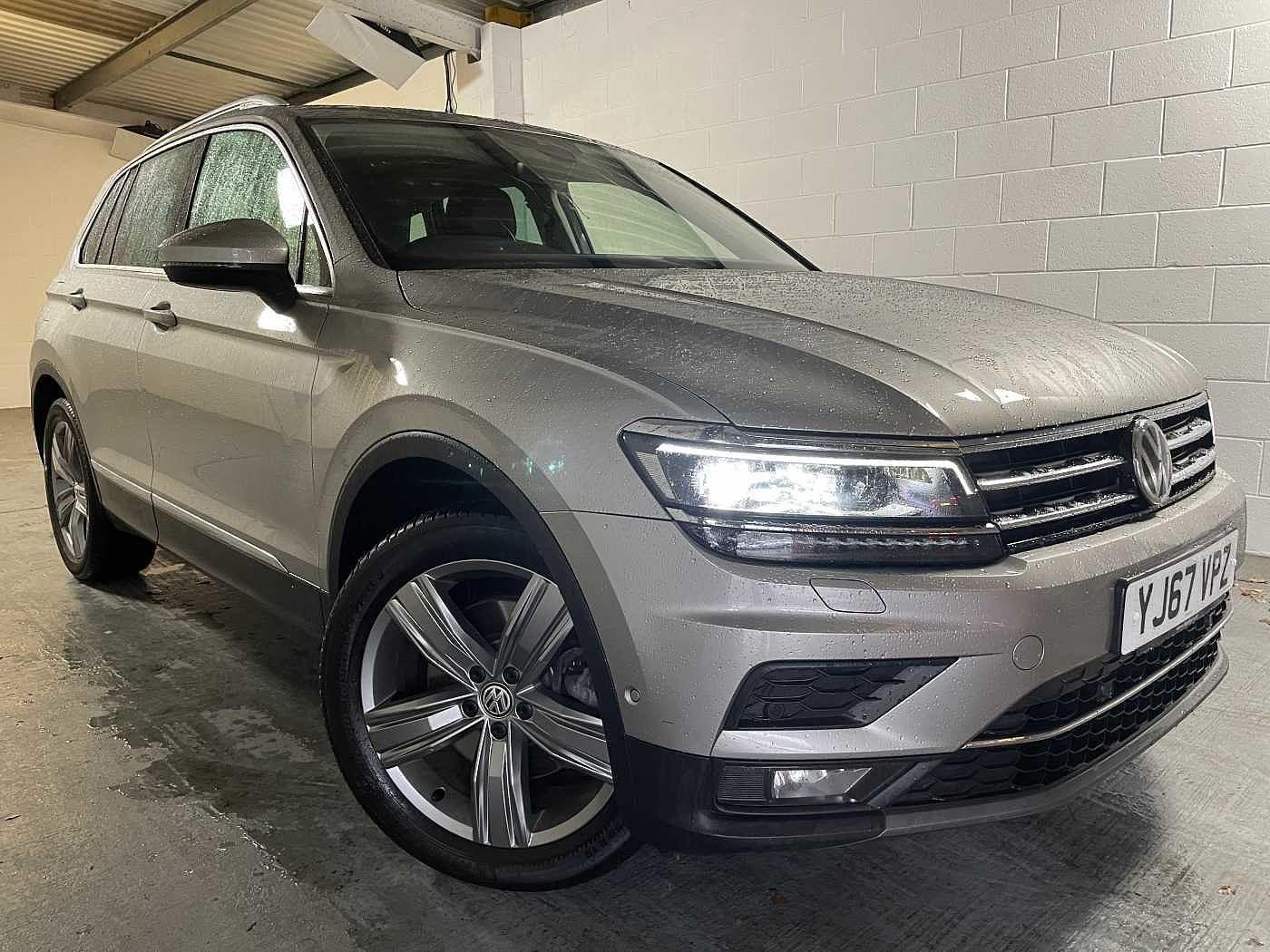 Volkswagen Tiguan 2.0 TDI SEL DSG 4Motion (s/s) 5dr