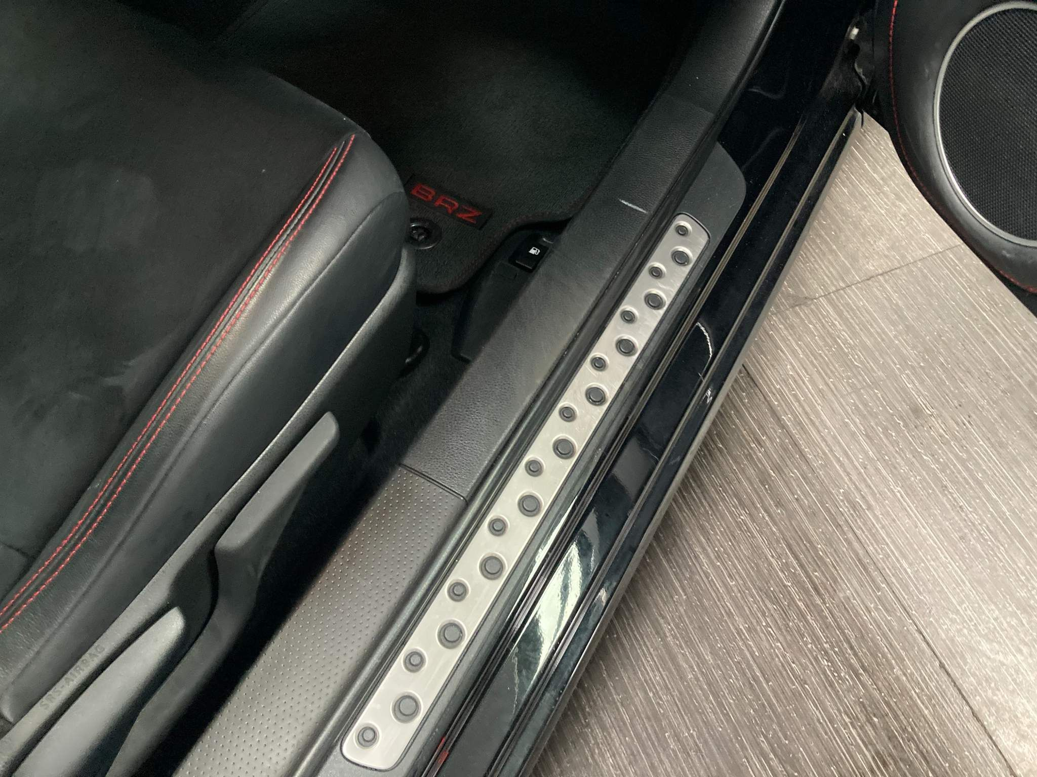 Subaru BRZ Images