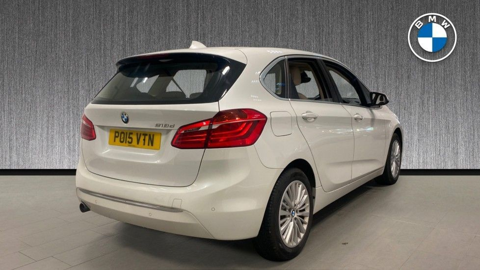 Image 2 - BMW 218d Luxury Active Tourer (PO15VTN)