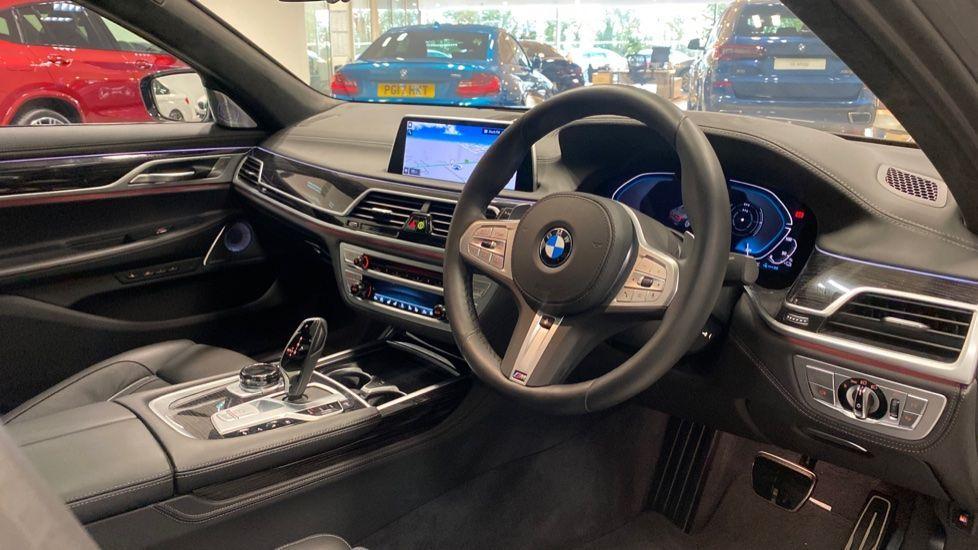 Image 5 - BMW 745Le xDrive M Sport Saloon (YG20OWX)