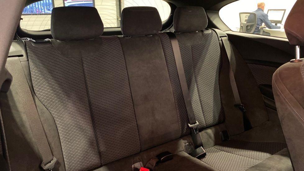 Image 9 - BMW 118d M Sport 3-Door (YD16PBC)