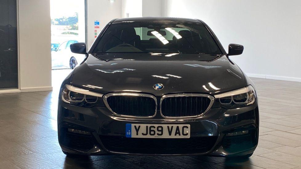 Image 16 - BMW 520i M Sport Saloon (YJ69VAC)