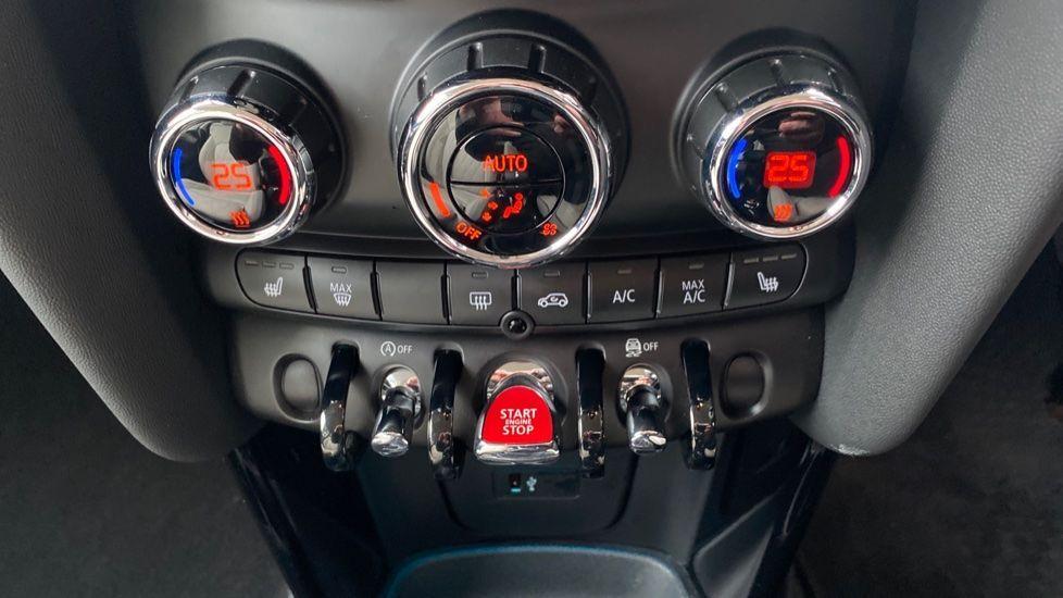 Image 21 - MINI Hatch (DK20KCE)