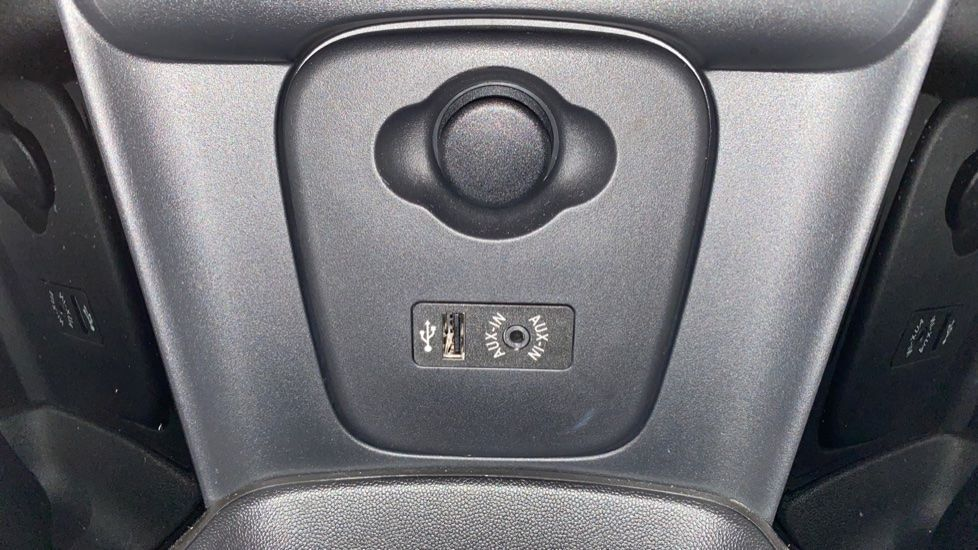 Image 23 - MINI Hatch (YA67WWR)