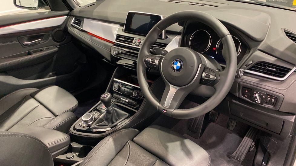 Image 4 - BMW 218i M Sport Gran Tourer (YA69KNW)