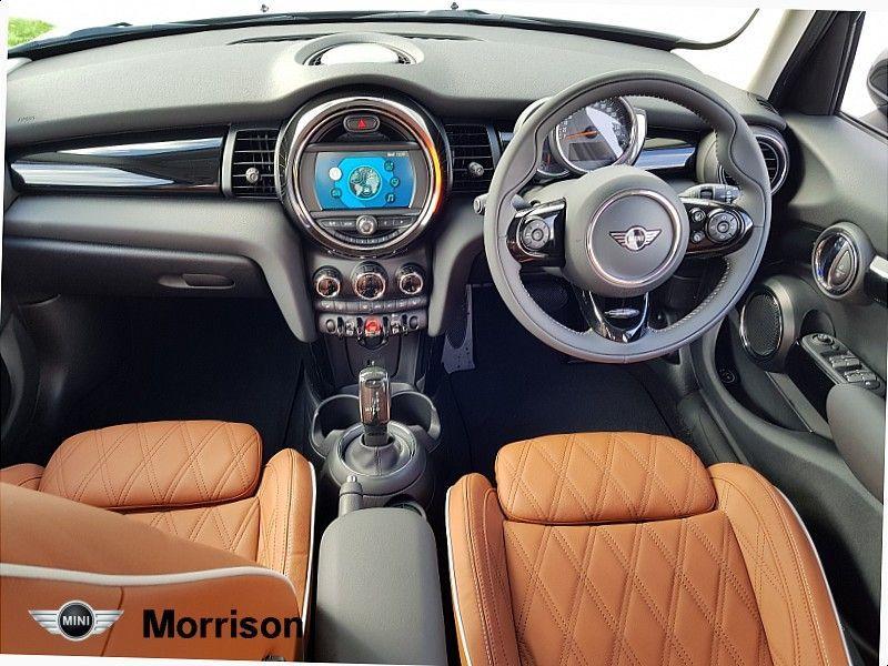 Used MINI Hatch 5-Door Hatch Cooper Exclusive (2021 (211))
