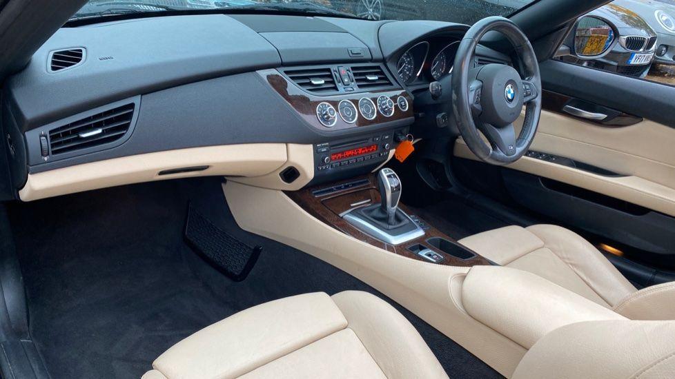 Image 6 - BMW sDrive20i M Sport Roadster (YT12ZXB)
