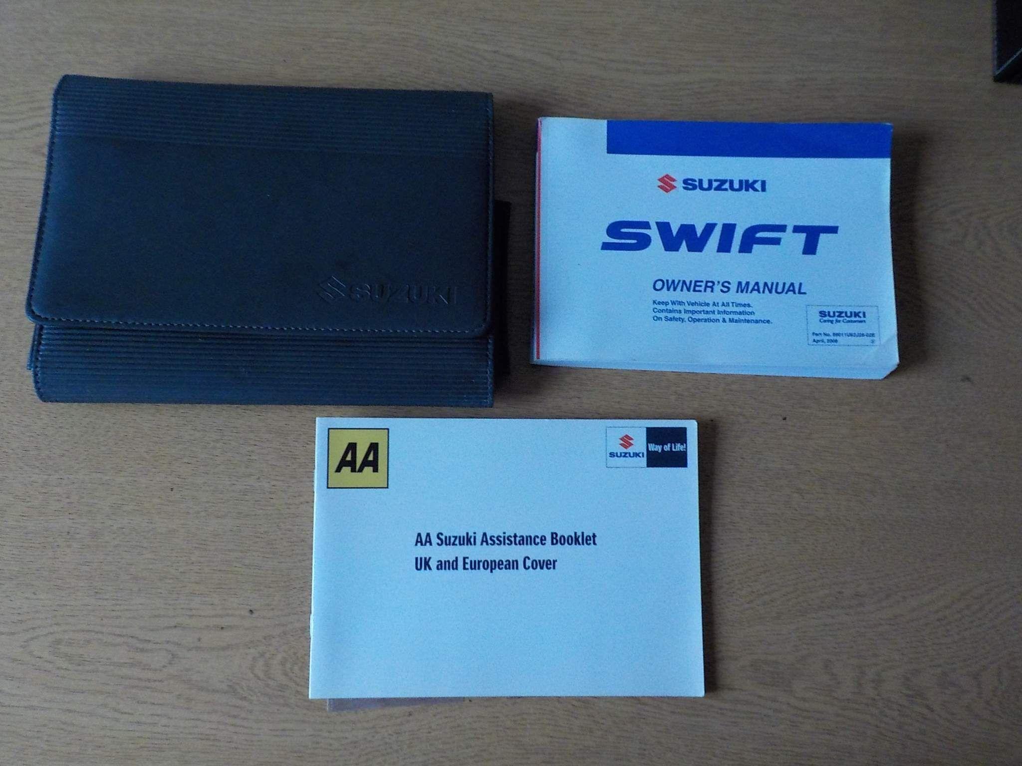 Suzuki Swift 1.3 Attitude 3dr