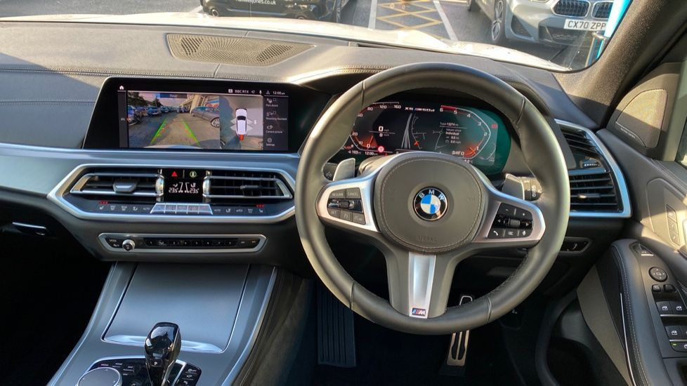 Image 8 - BMW M50d (CY19VPM)