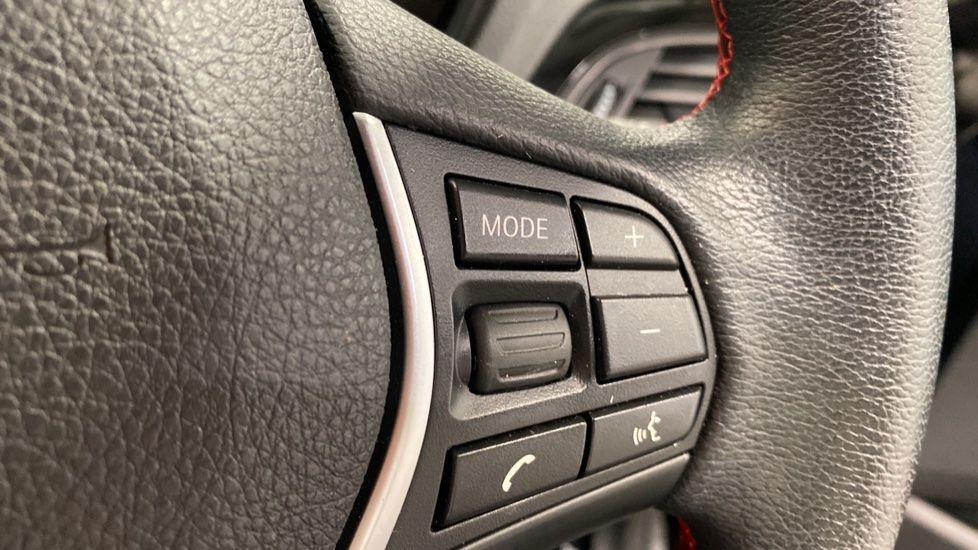 Image 7 - BMW 118i Sport 3-Door (LW17DCU)