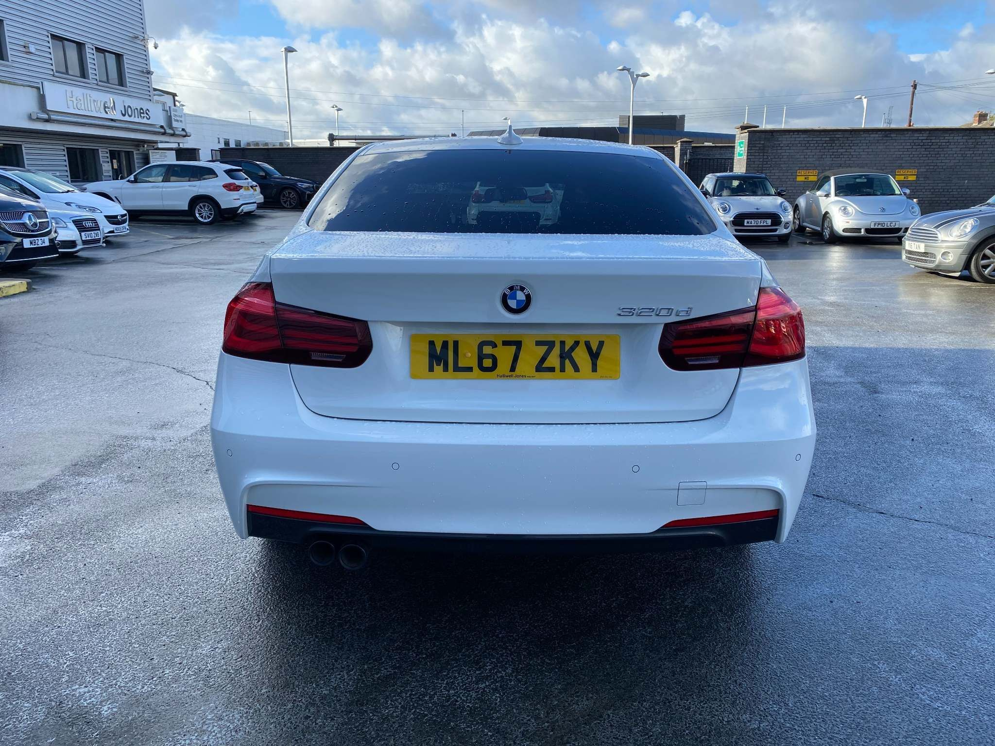 Image 3 - BMW 320d M Sport Shadow Edition Saloon (ML67ZKY)