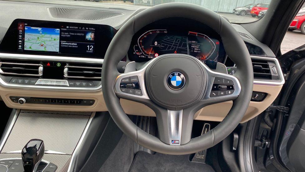 Image 8 - BMW 320i M Sport Touring (YG20JJV)