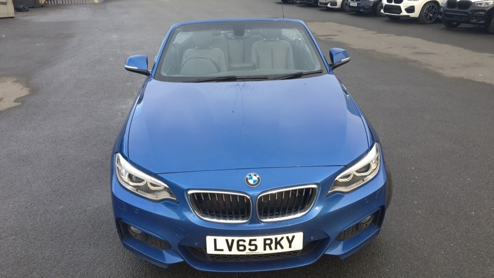 Image 19 - BMW 220i M Sport Convertible (LV65RKY)