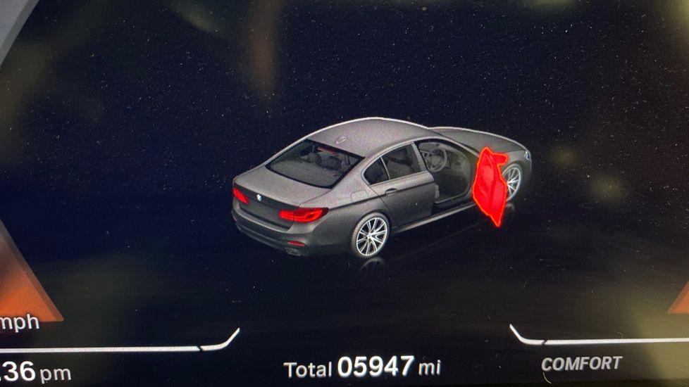 Image 8 - BMW 520d M Sport Saloon (YA69FKW)