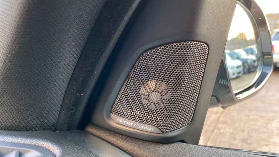 Image 19 - BMW xDrive30d M Sport (MM18CJZ)