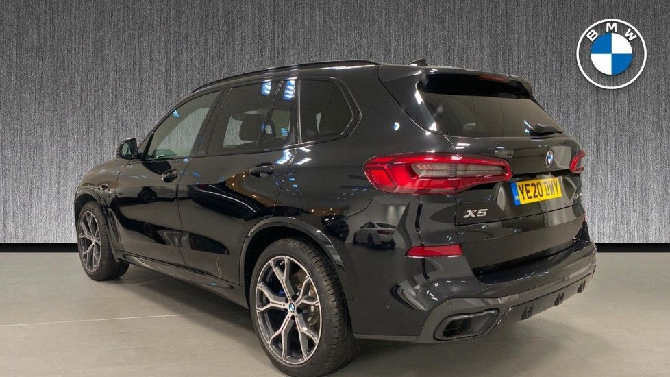 Image 2 - BMW xDrive40i M Sport (YE20DWY)
