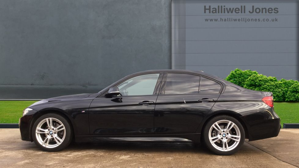 Image 3 - BMW 320d M Sport Saloon (MM68LDF)